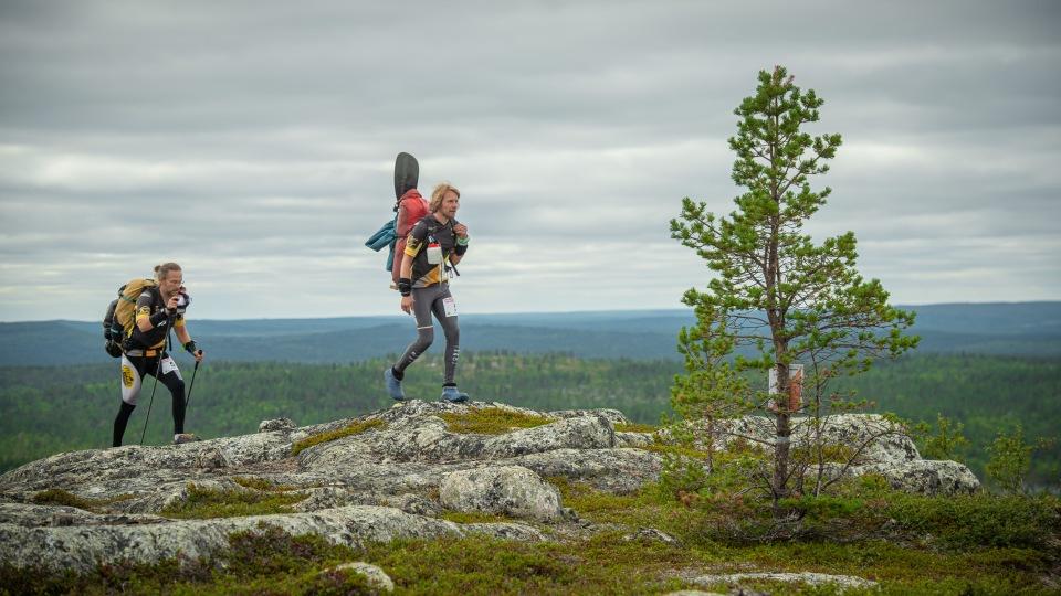 LWC 2020 Karens pizzan Alpo Kuusisto ja Pekka Sorjonen 3. rastilla Jäävaaran huipulla Näätämössä KUVA Poppis Suomela